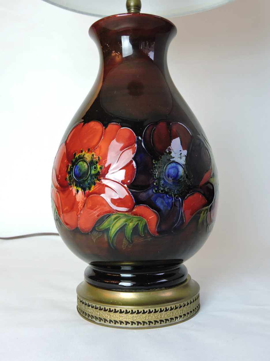English Moorcroft Pottery Flambe Lamp In Anemone Pattern