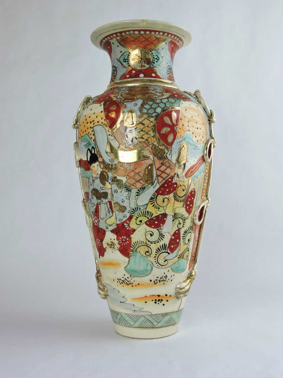 Large moorcroft flamb pottery vase in orchid dated 1940 with full 19th century satsuma vase with hand painted japanese figural scenes of samurais and villagers reviewsmspy