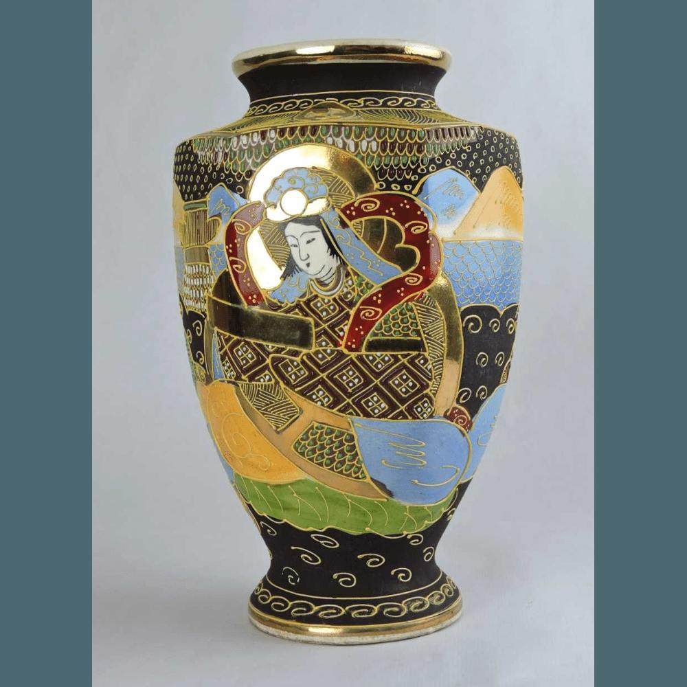 Early 20th century hand painted satsuma hexagonal vase with early 20th century hand painted satsuma hexagonal vase reviewsmspy