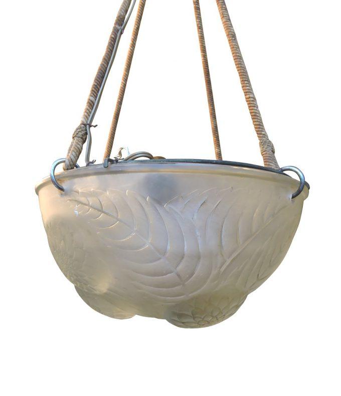 artglass - laliquechandelier-03-1.jpg