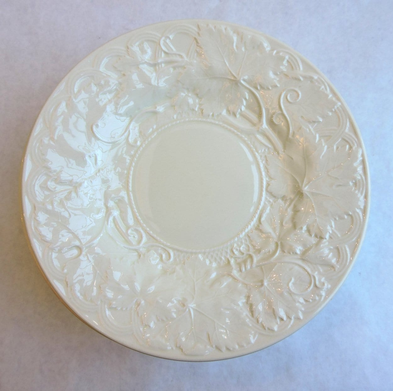 china - wedgwoodcreamwareplates-04.jpg