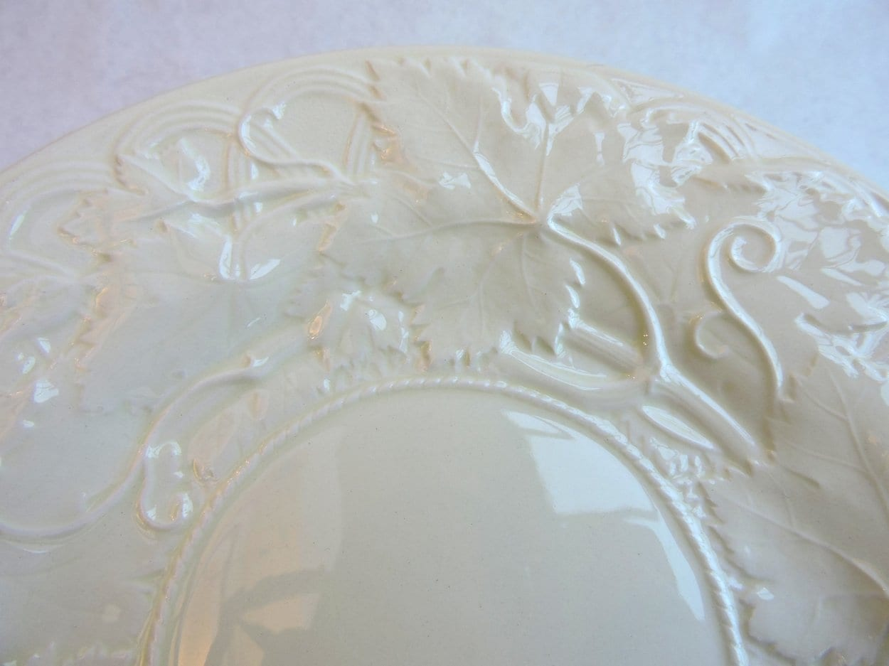 china - wedgwoodcreamwareplates-05.jpg