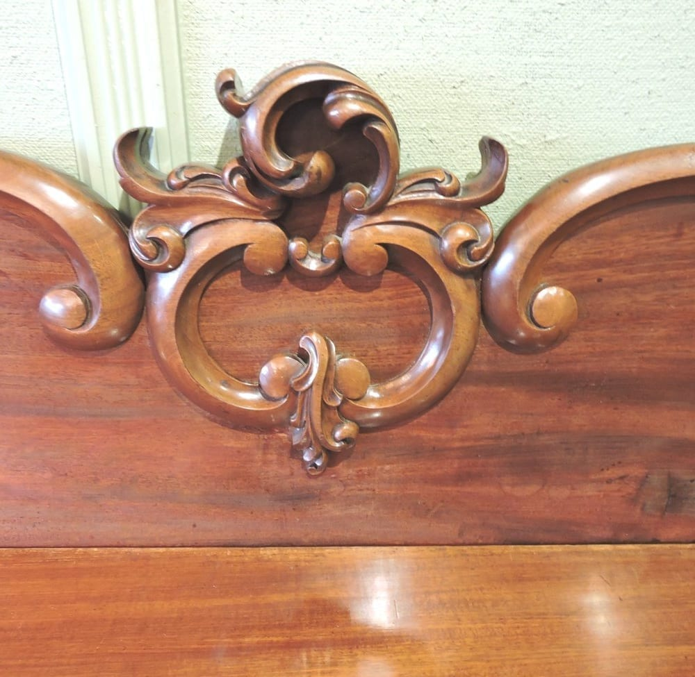 furniture - largevictorianbuffet-03.jpg