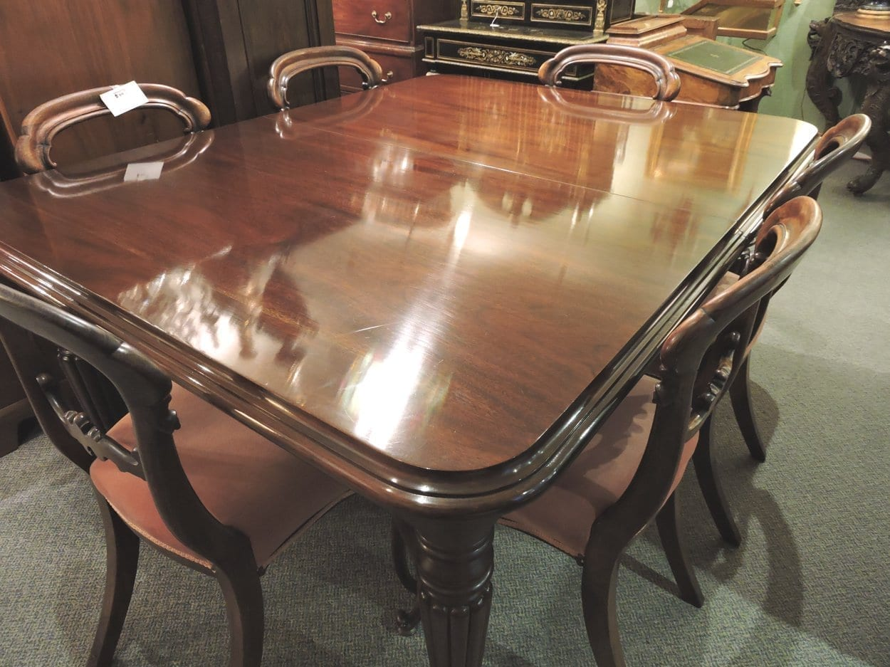 furniture - wmivdiningtable-06.jpg