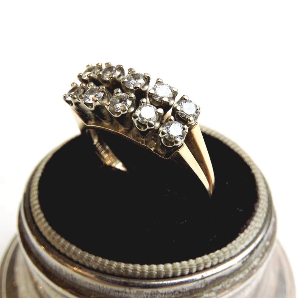jewelry - golddiamondring-03-1.jpg