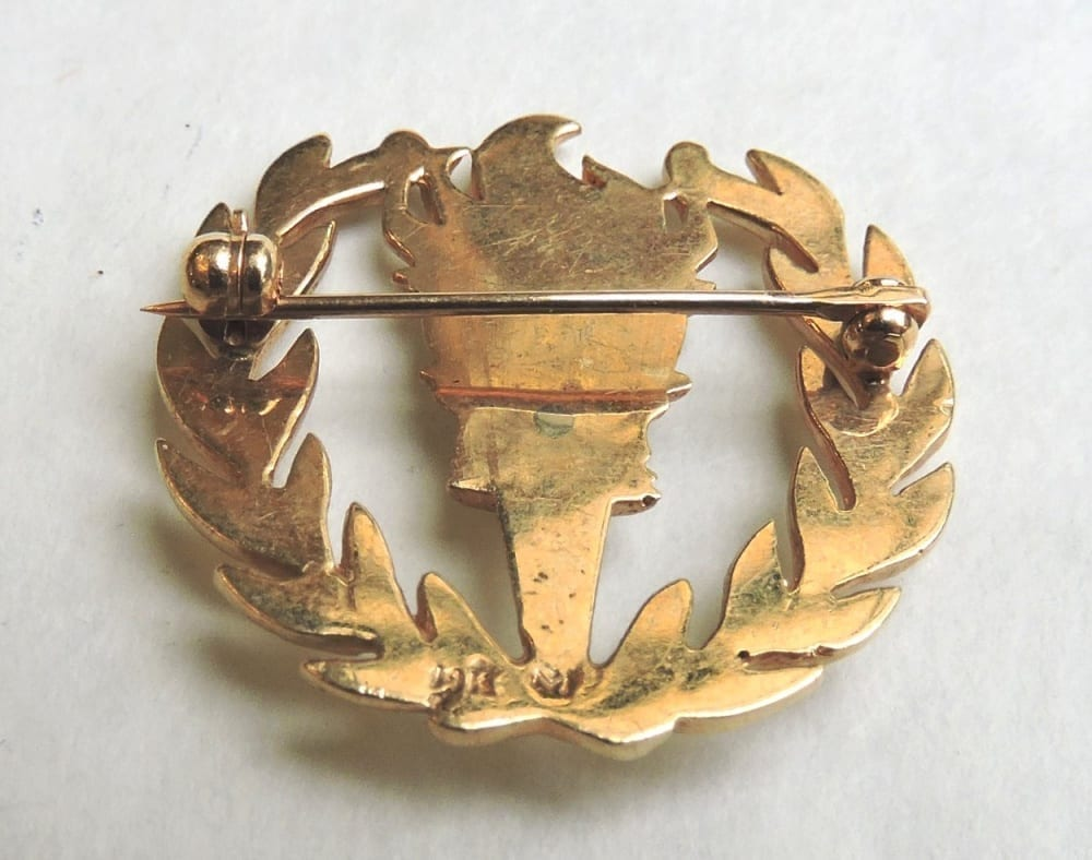 jewelry - goldflamebrooch-02-1.jpg