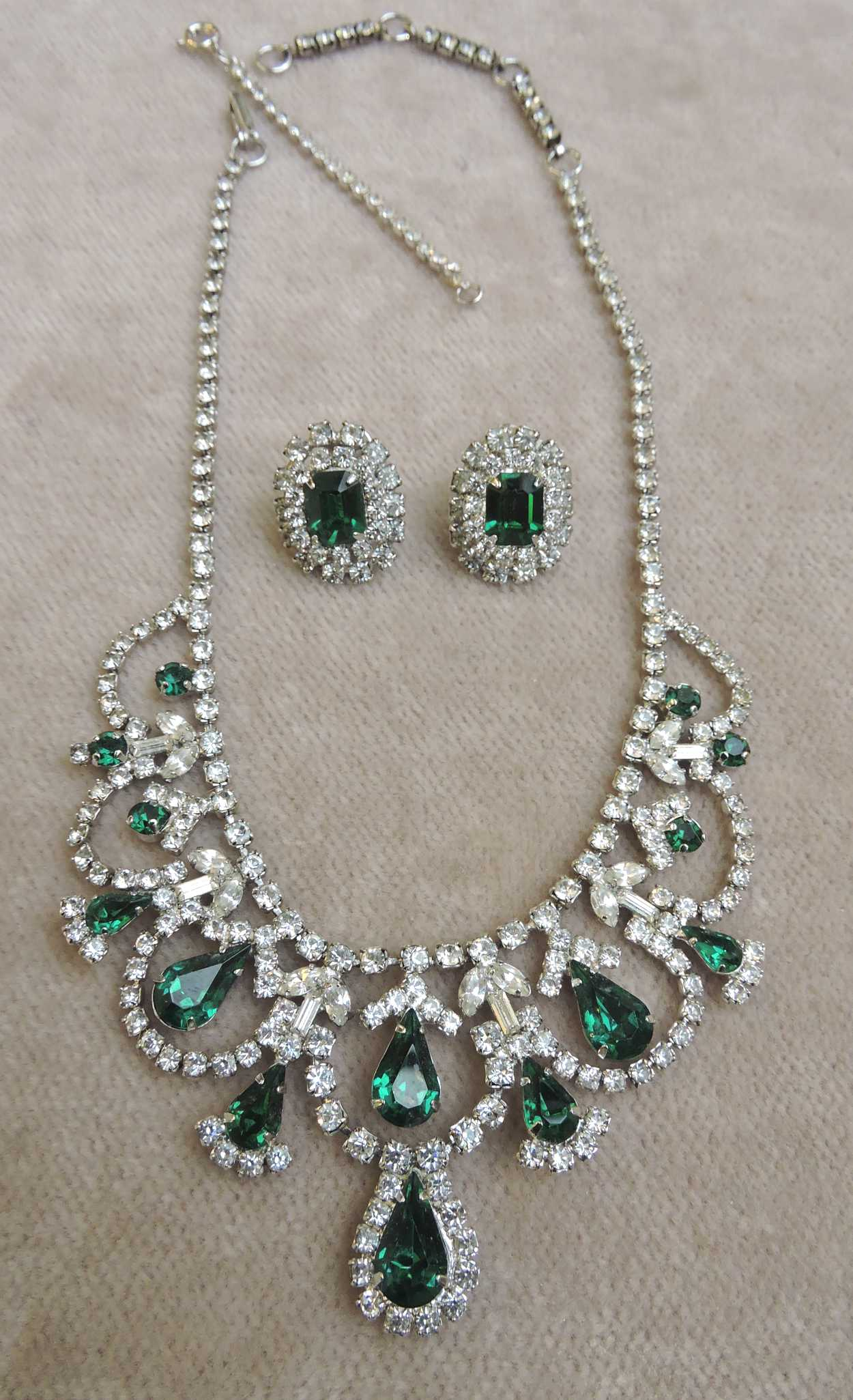 jewelry - jayflexjewelset-00.jpg