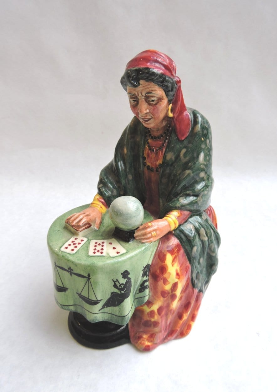 porcelain - doultonfortuneteller-00.jpg