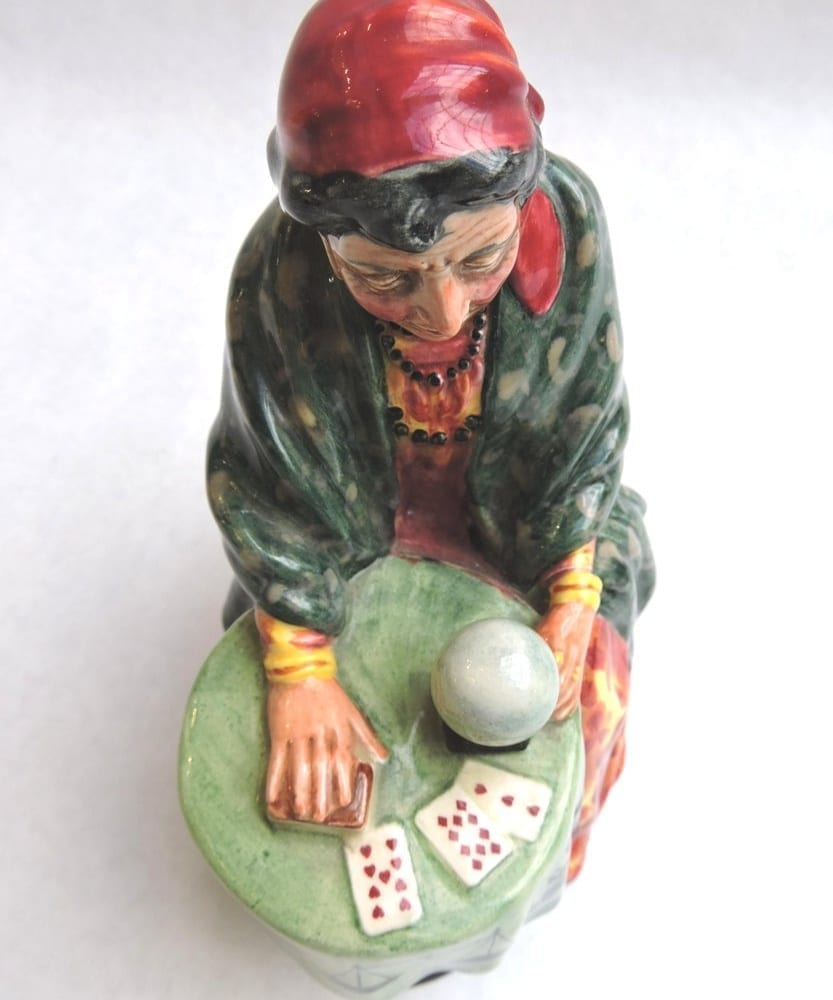 porcelain - doultonfortuneteller-02.jpg