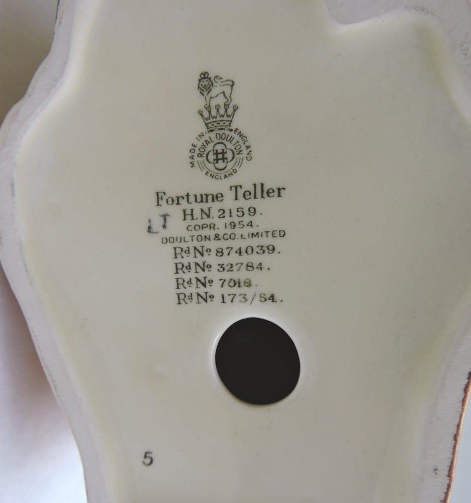 porcelain - doultonfortuneteller-05.jpg