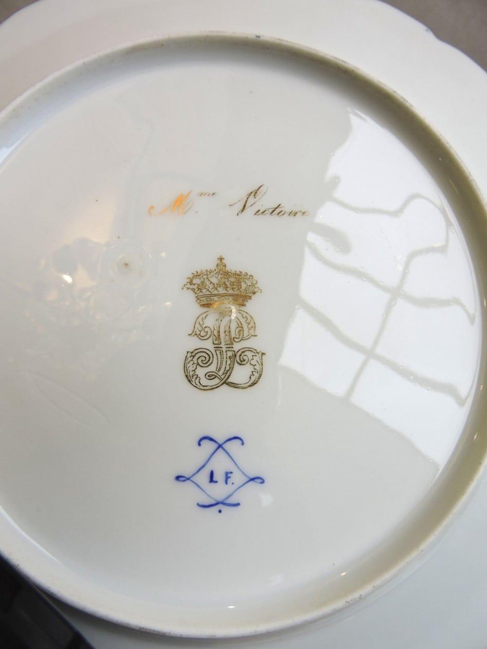 porcelain - frenchdessertsetportraits-09.jpg