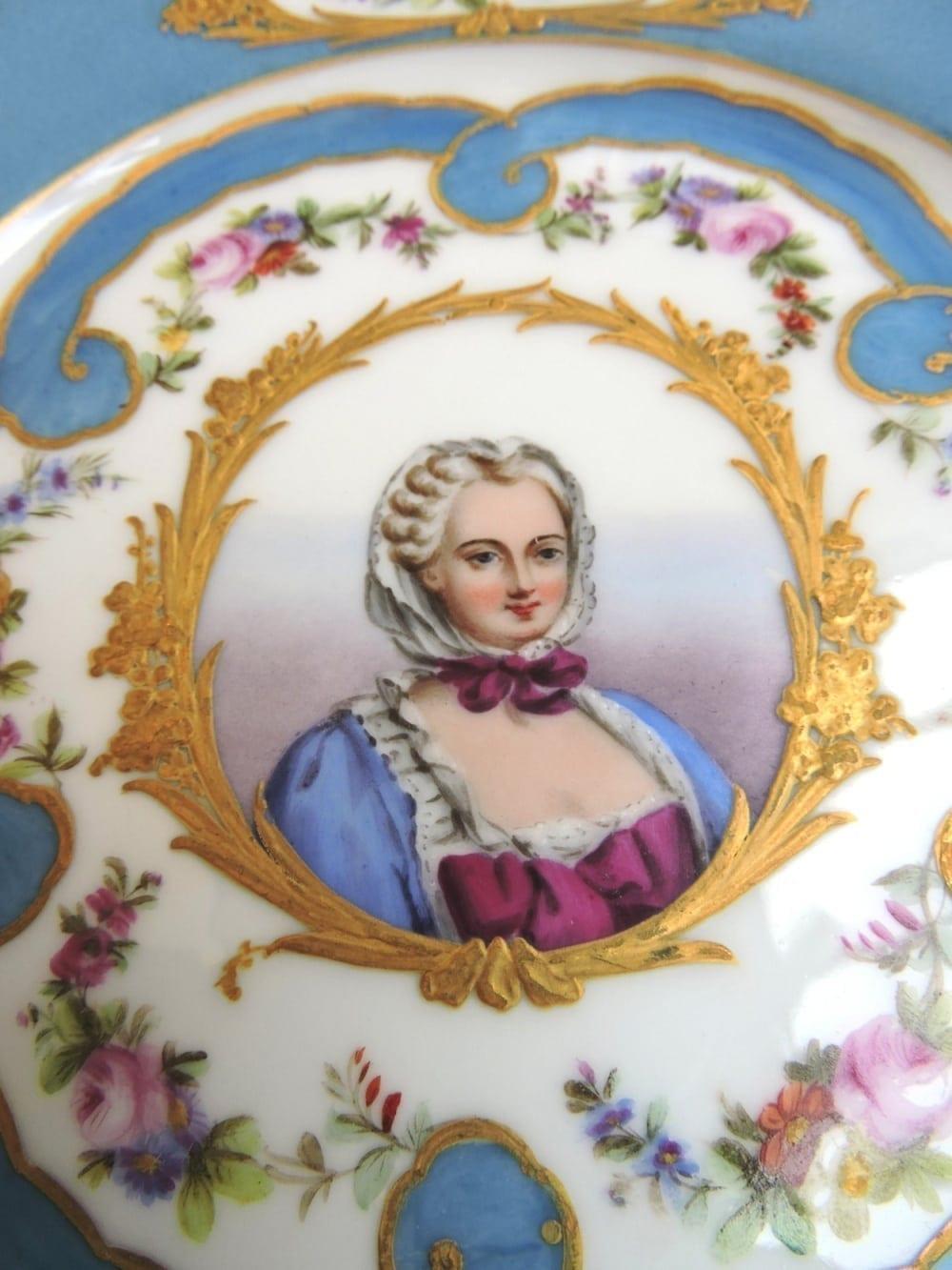 porcelain - frenchdessertsetportraits-10.jpg