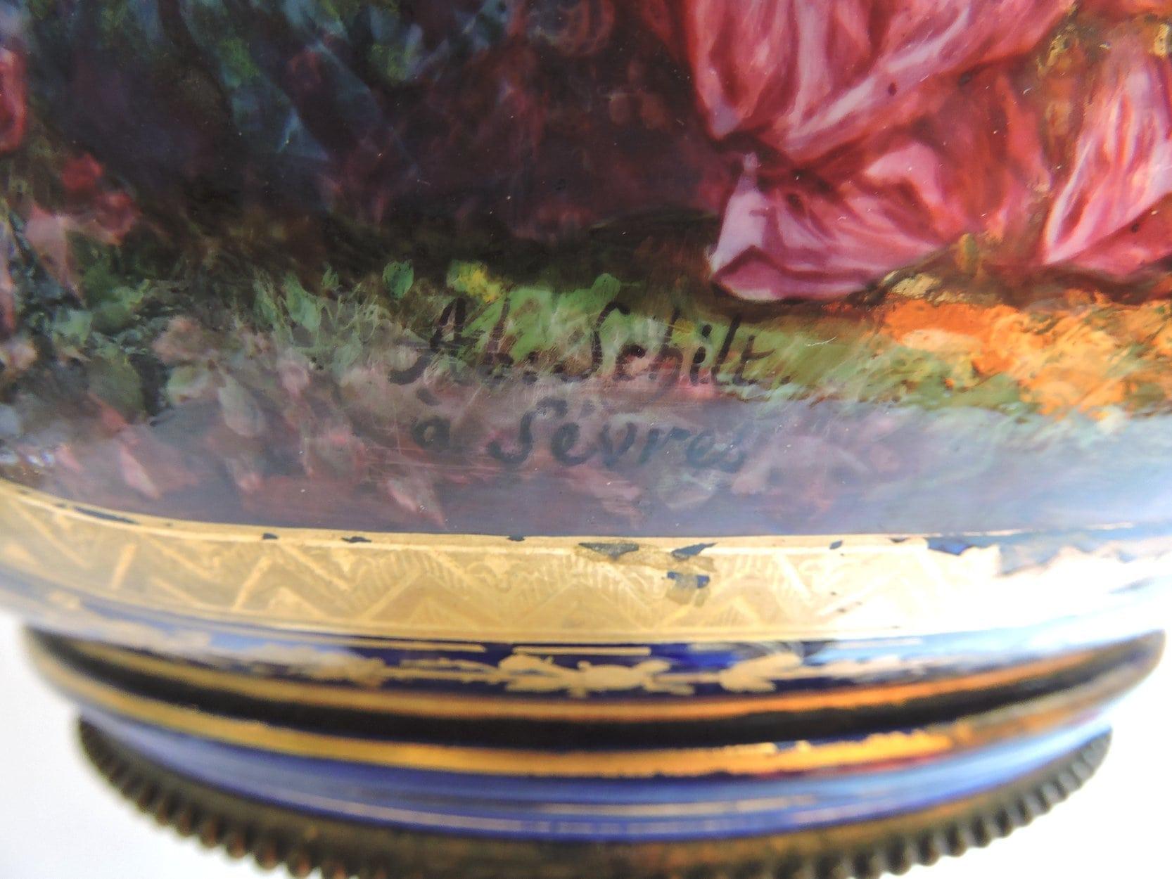 porcelain - largesevresglobevase-06.jpg