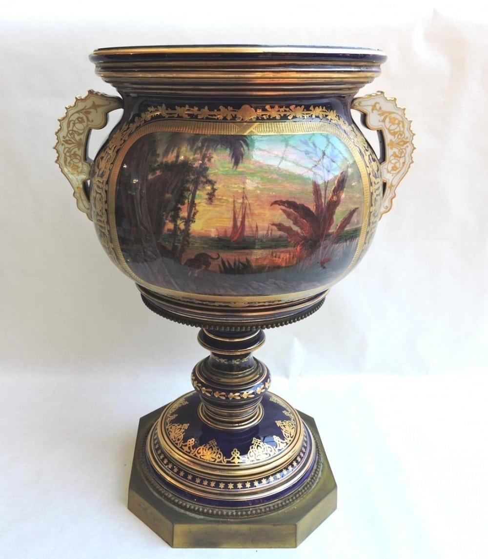 porcelain - largesevresglobevase-09.jpg