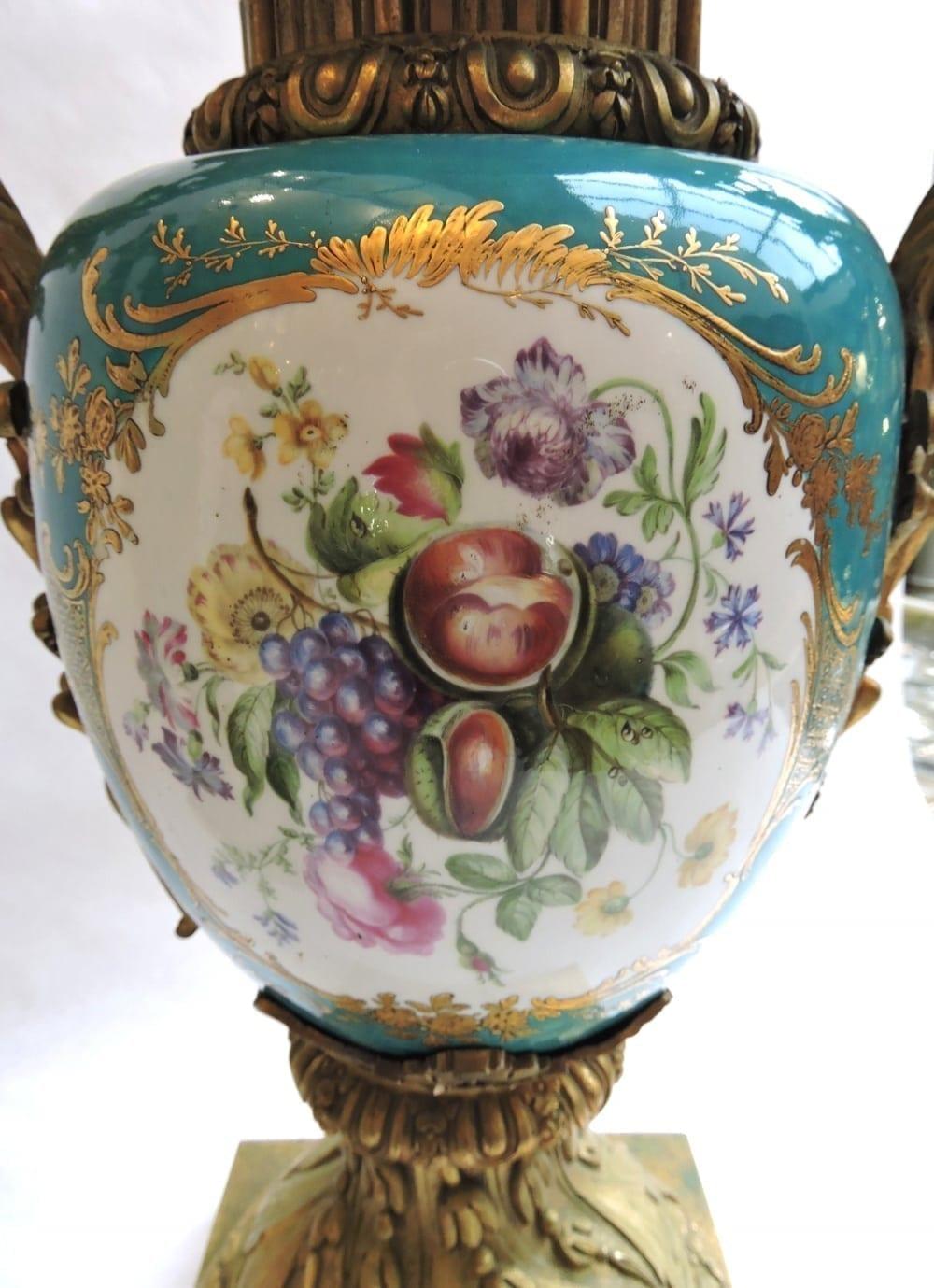 porcelain - pairormolumountedsevresvases-13.jpg