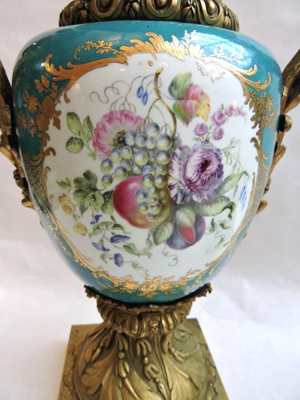 porcelain - pairormolumountedsevresvases-14.jpg