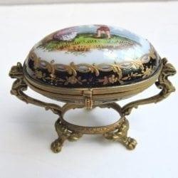 porcelaineggshapebox-00