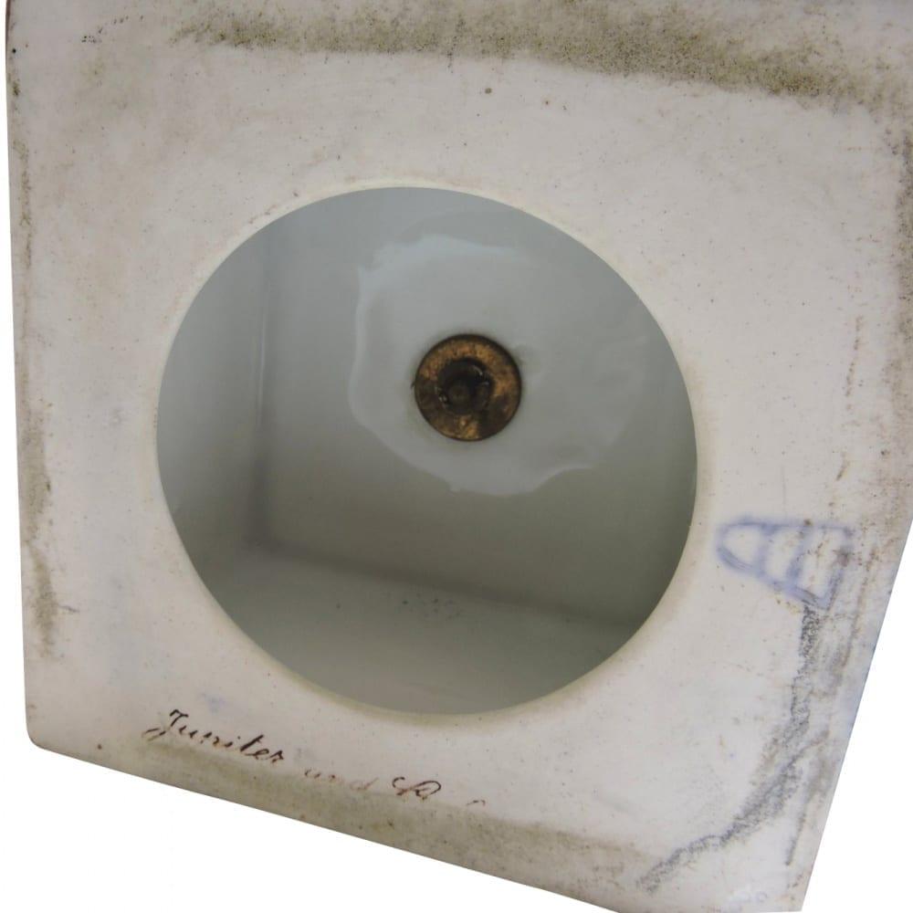 porcelain - viennaurns-12.jpg