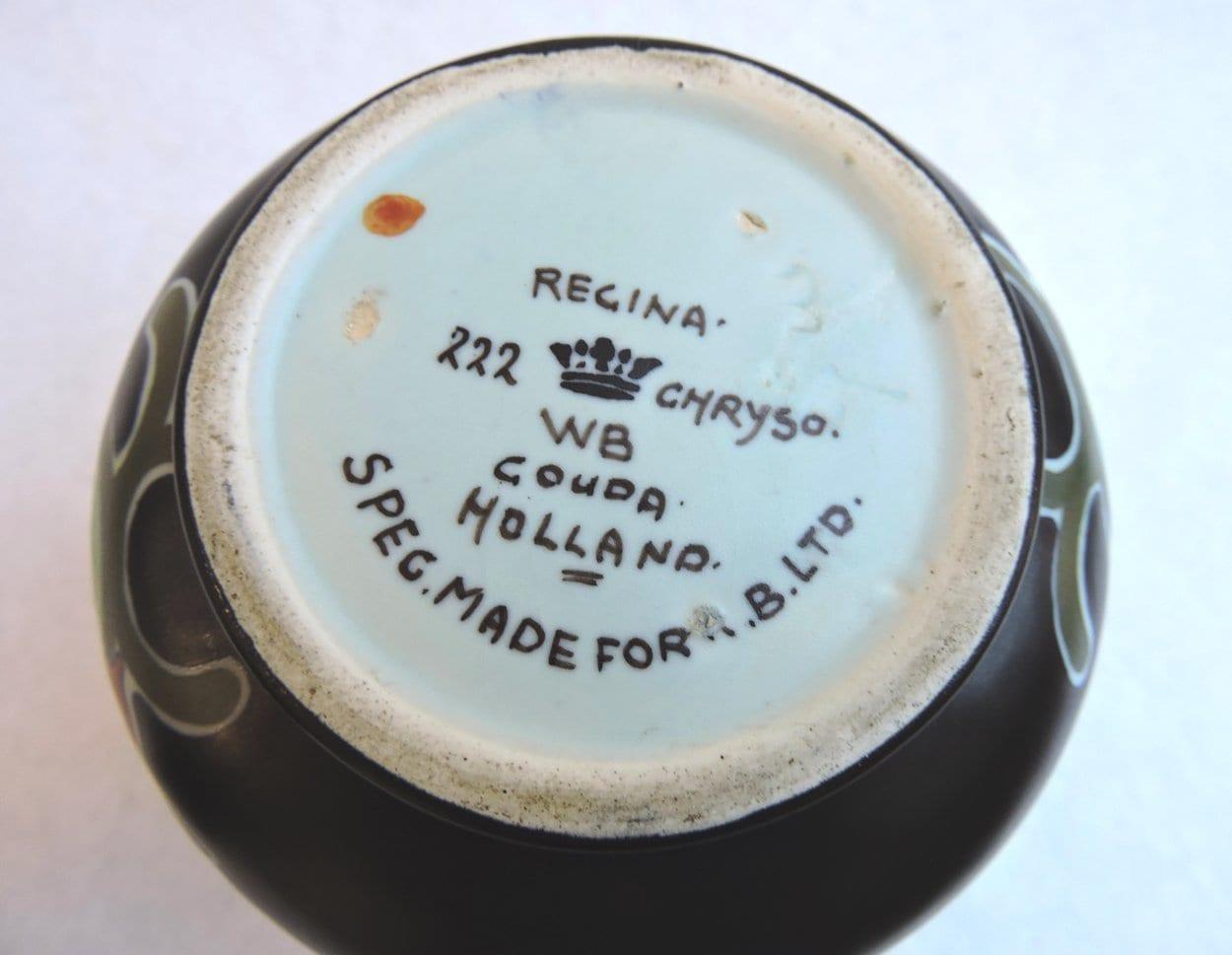 pottery - goudasquatvase-03.jpg