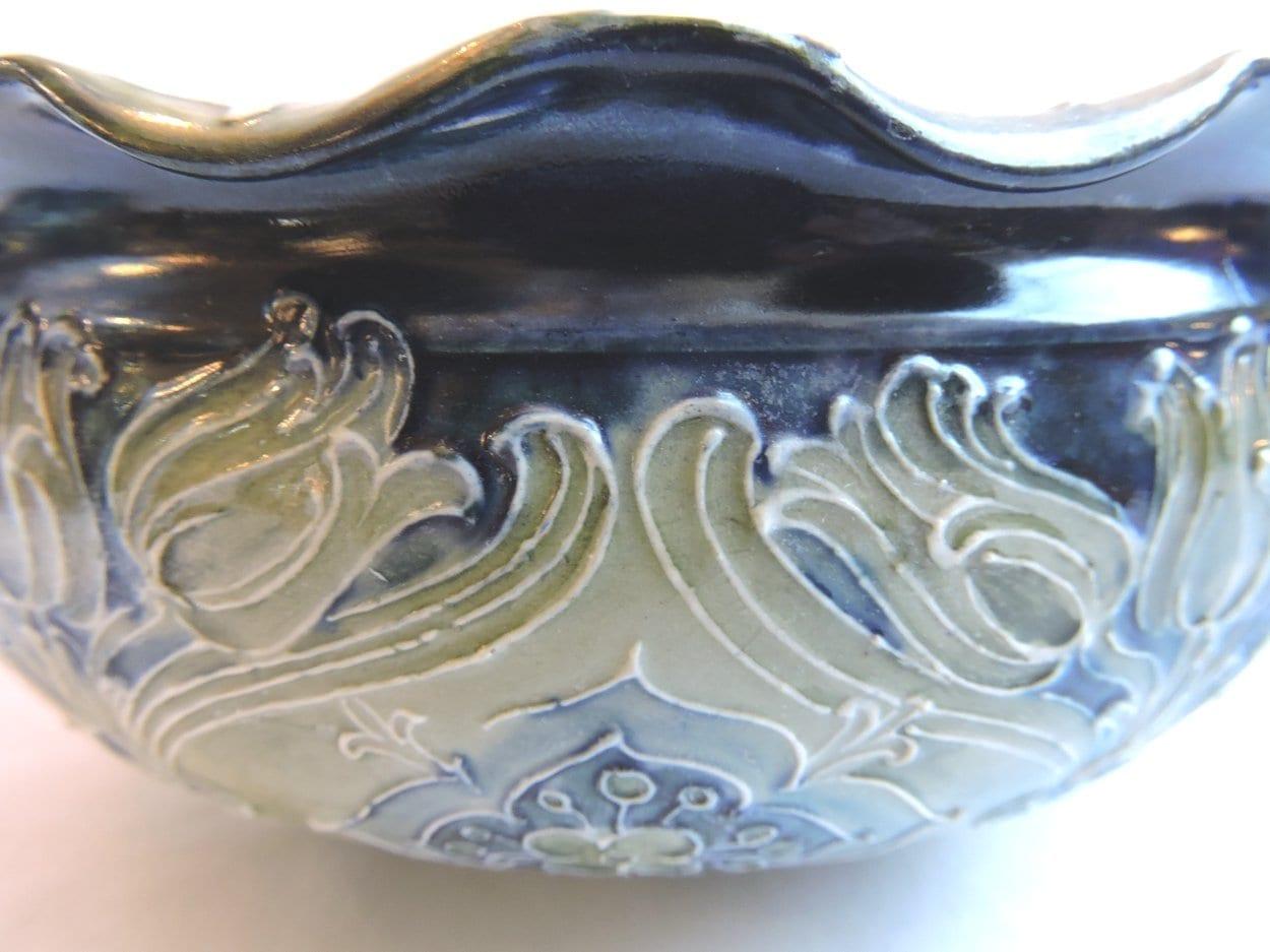 pottery - macintyremoorcroftbowl-02.jpg