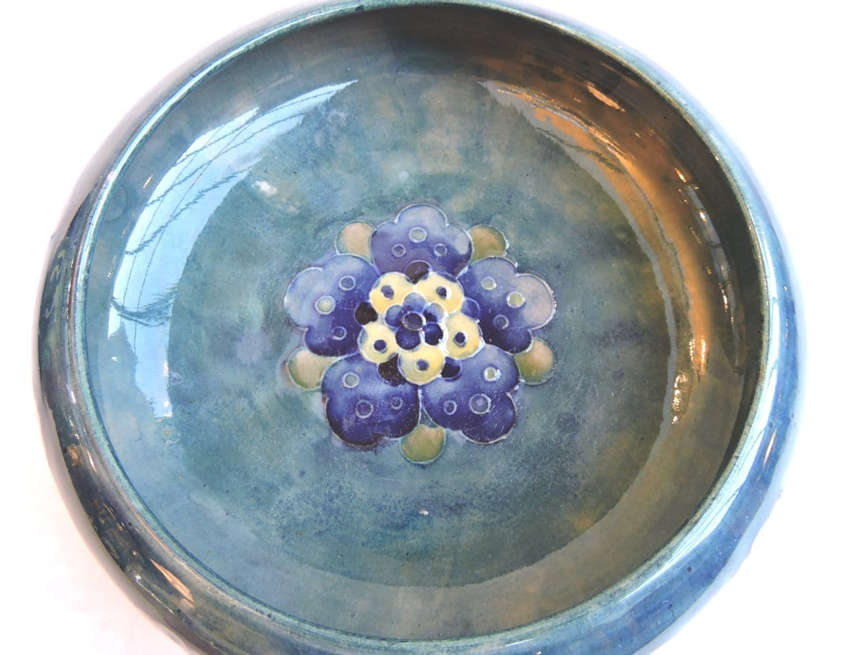pottery - moorcroftburslembowl-01.jpg