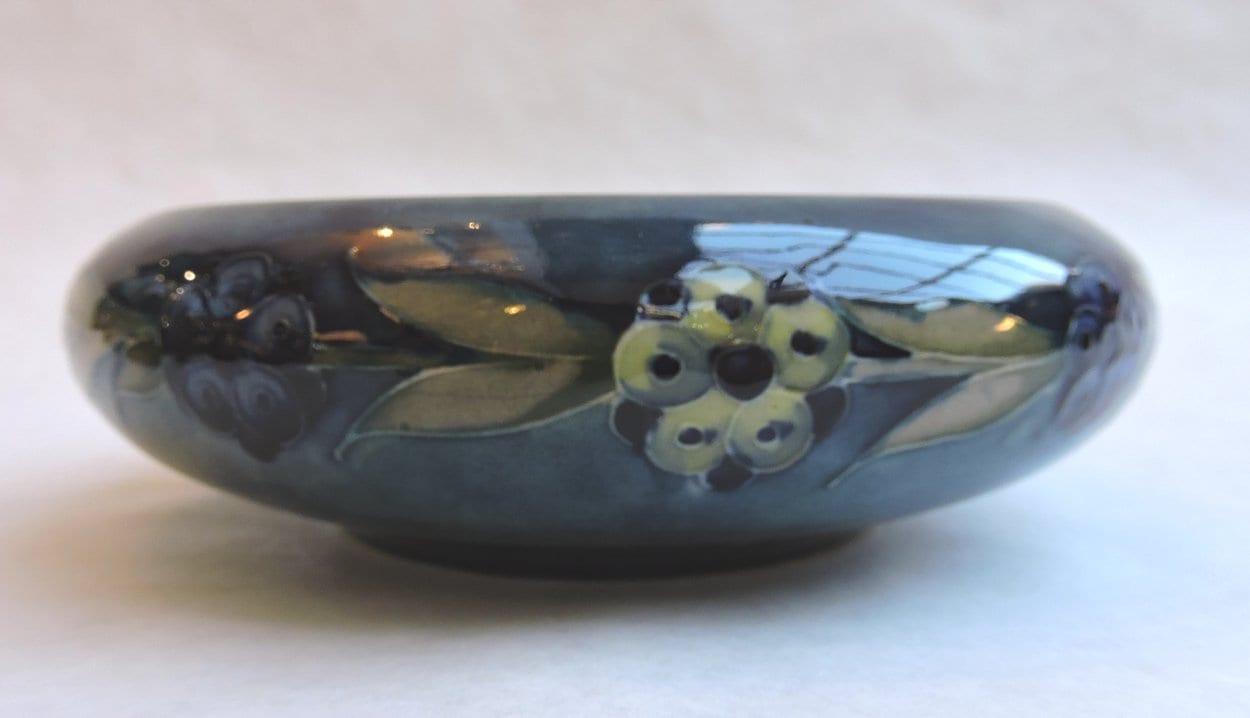 pottery - moorcroftburslembowl-04.jpg