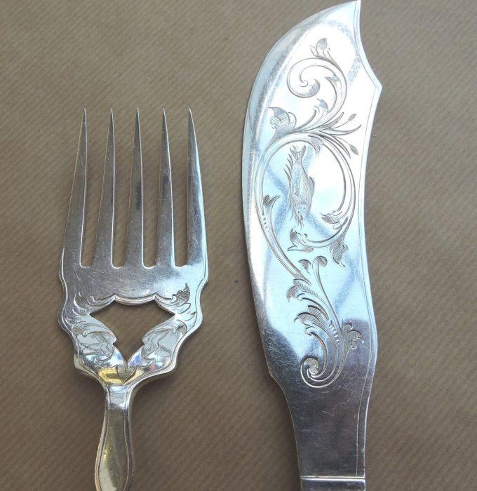 servingpieces - silverplatefishservers-02.jpg