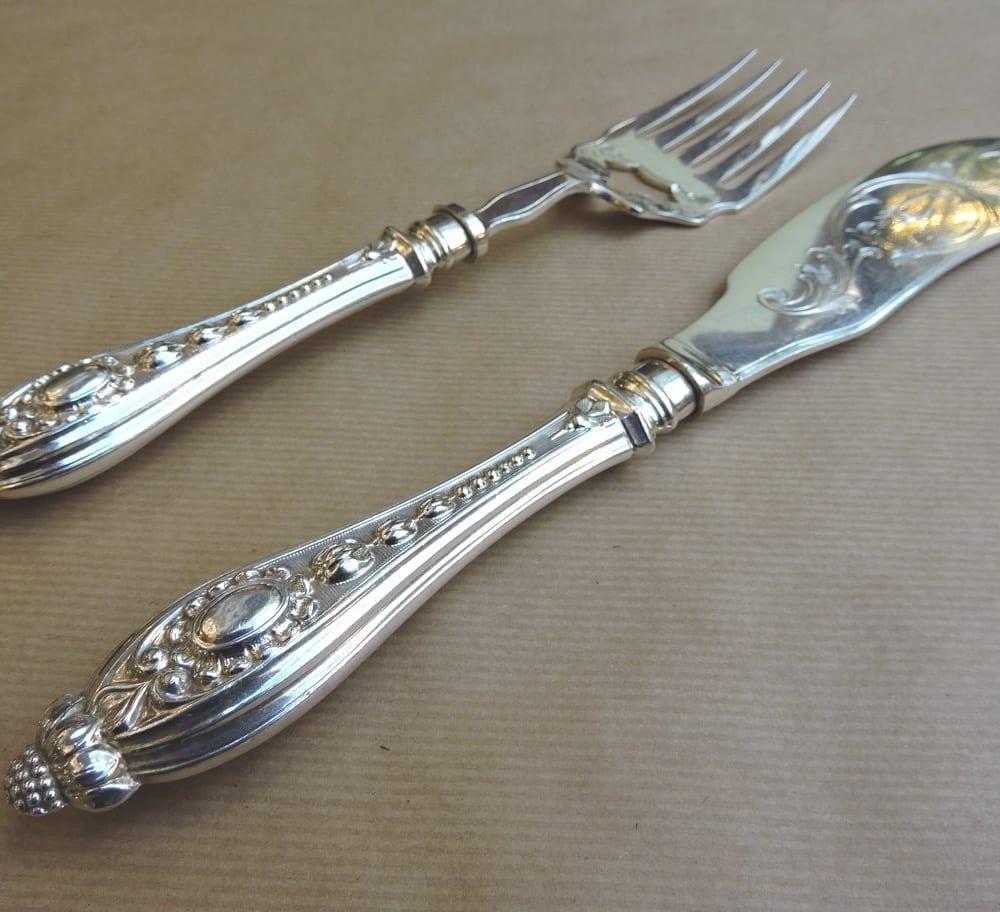 servingpieces - silverplatefishservers-04.jpg