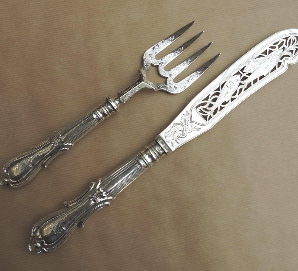 servingpieces - sterlinghandlefishservers-00.jpg