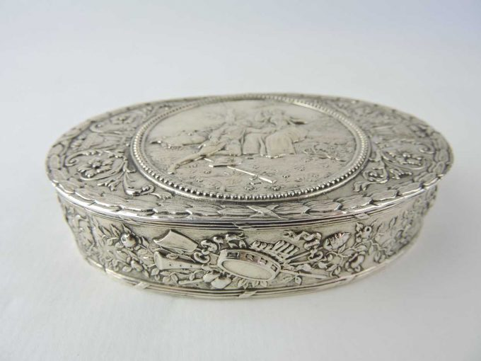 silver - germansilverovalbox-06.jpg