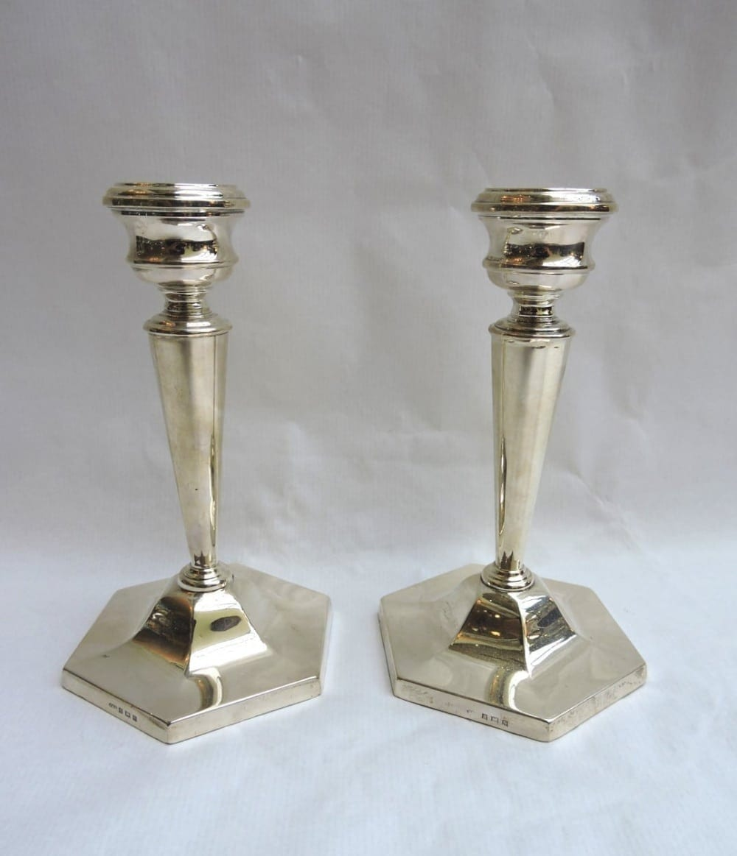 silver - hexagonbasecandlesticks-00.jpg
