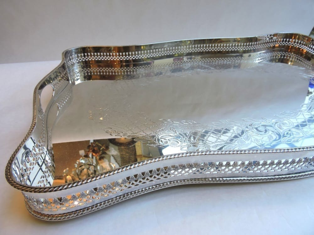 silver - largetwohandlegallerytray-01.jpg