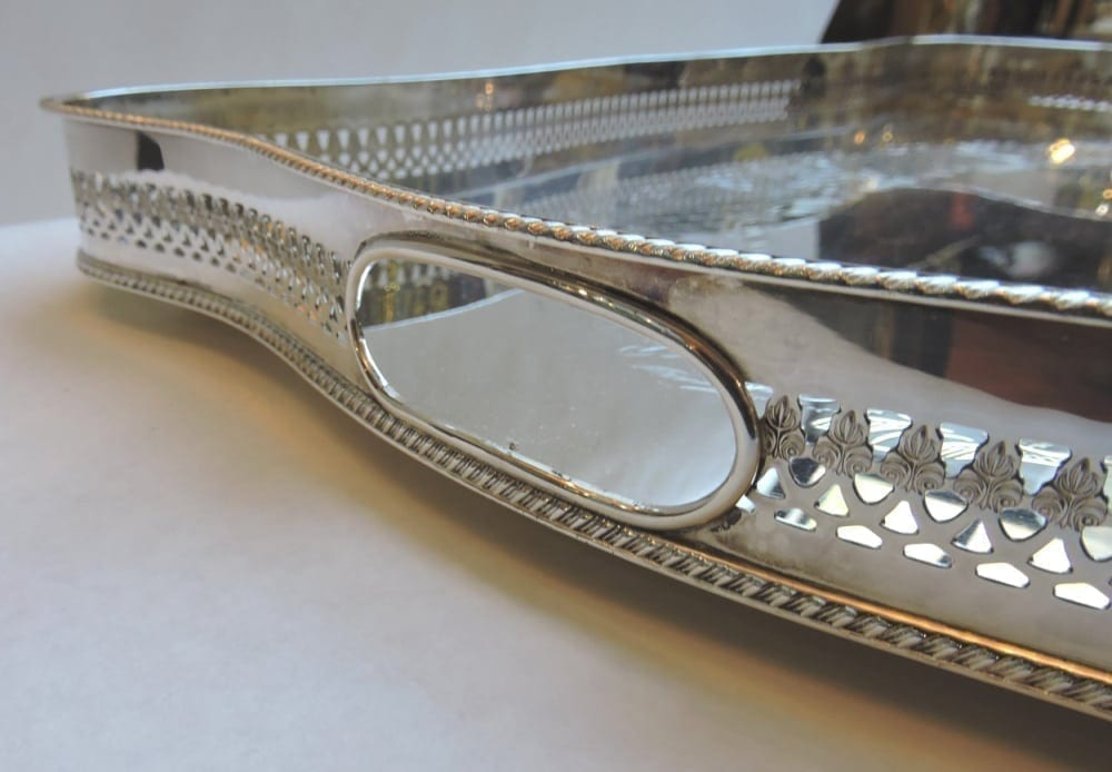 silver - largetwohandlegallerytray-04.jpg