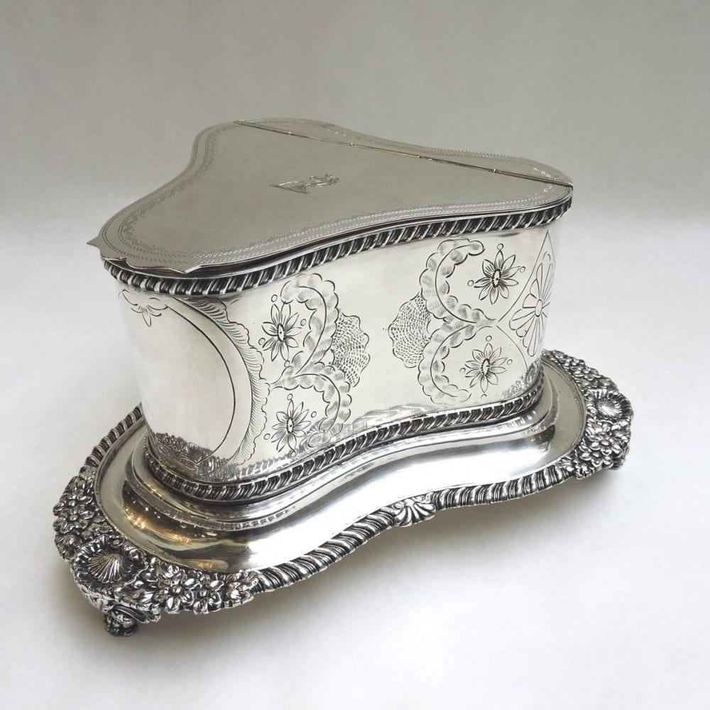 silver - sheffieldbiscuitbarrel-00.jpg