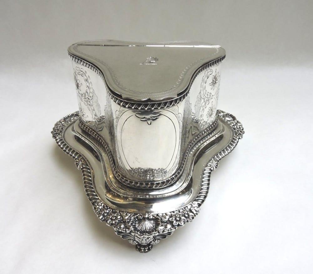 silver - sheffieldbiscuitbarrel-01.jpg