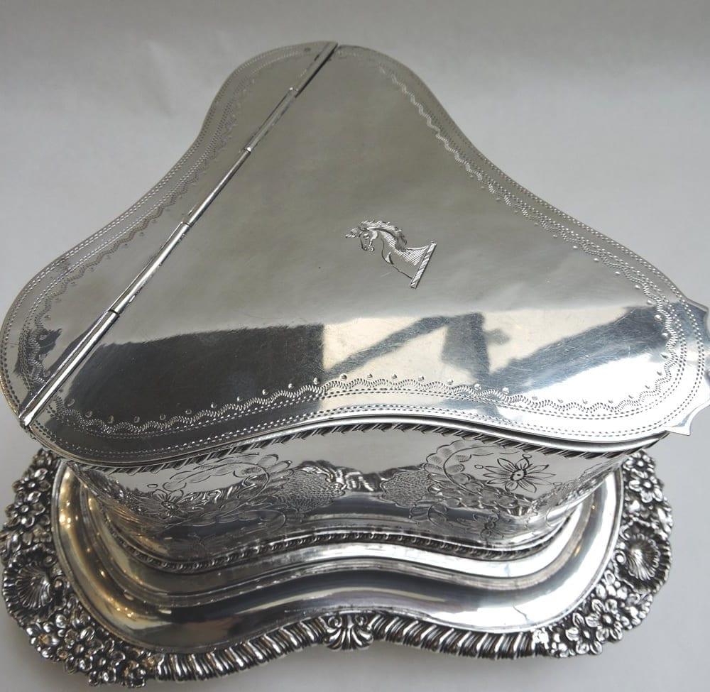 silver - sheffieldbiscuitbarrel-05.jpg