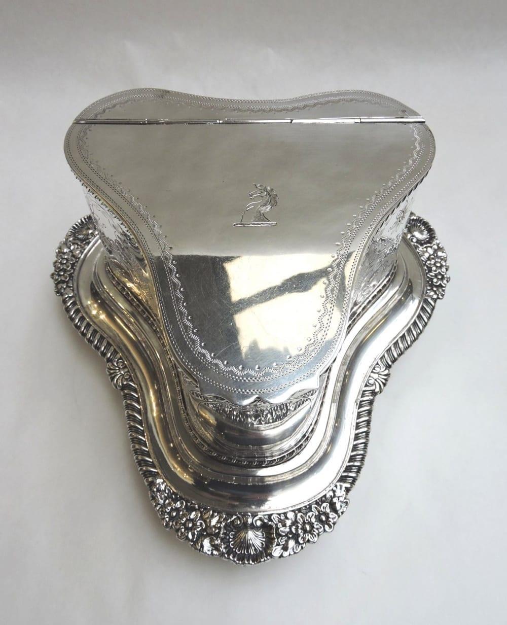 silver - sheffieldbiscuitbarrel-06.jpg