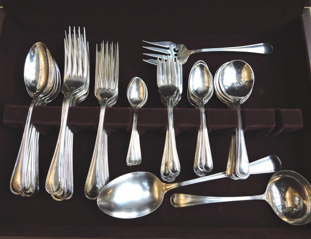 silverflatware - saxonsterlingDLsetfor8-01.jpg